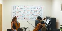 Explicaciones del violonchelista Pablo Ferrández